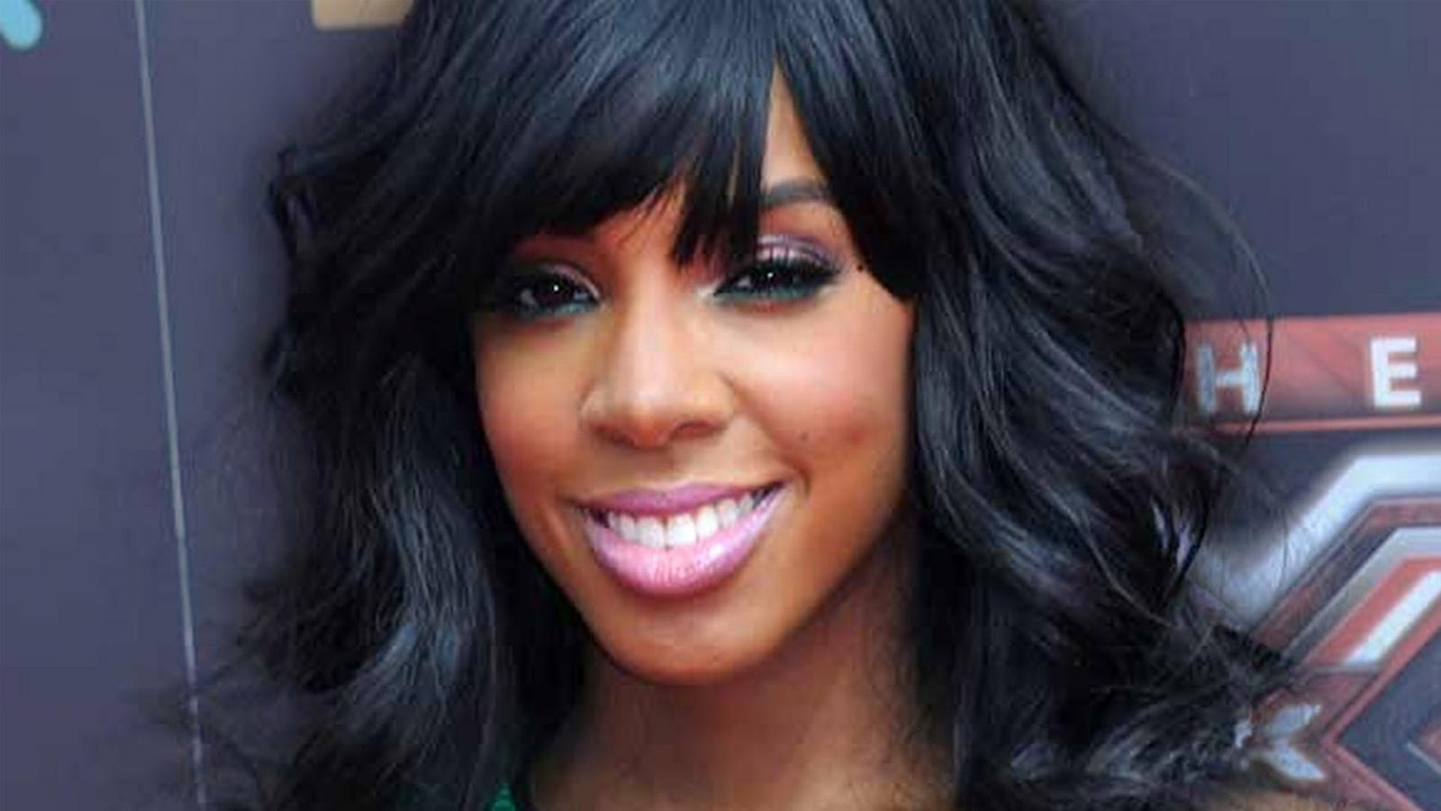 Kelly Rowland Destinys Child Caught On Camera - Kel...